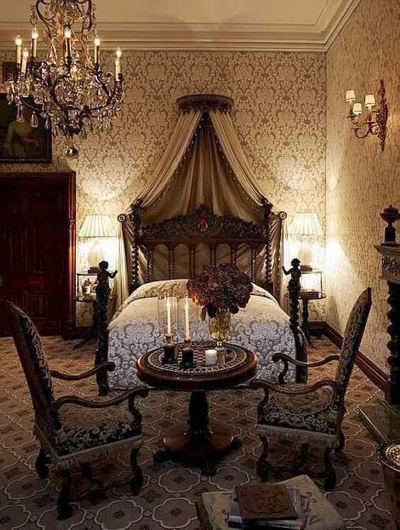 46 Captivating Gothic Canopy Bed Curtain Design Ideas With