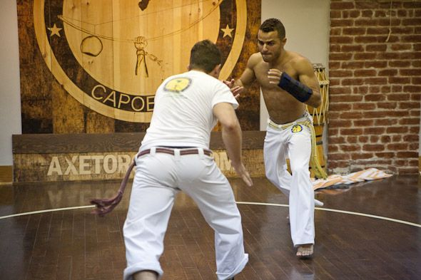 Axe Capoeira - Classes in Capoeira (youth, introductory, beginner and mixed classes), dance classes, boot camp, gymnastics and Braziliam Jiu Jitsu.