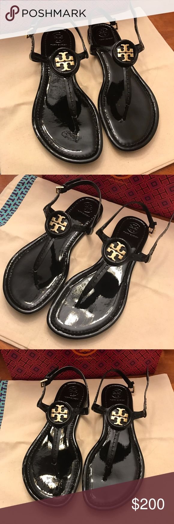 Size 8 best to fit Runs small Tory Burch Shoes Sandals