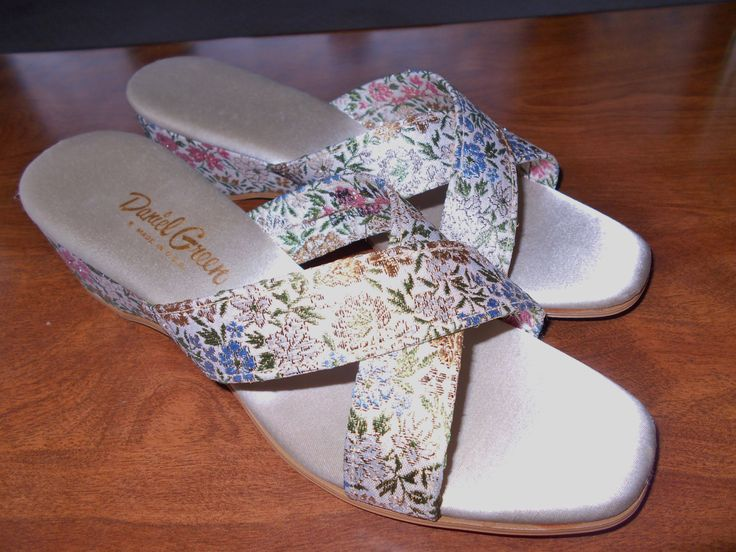 Zapato Sloan para mujer, rojo ladrillo, 9 M US