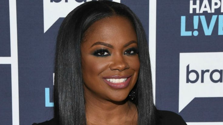 Black #Cosmopolitan Kandi Burruss Set To Star In Chicago   #Burruss, #Chicago, #Entertainment, #Kandi, #KandiBurruss, #PerformingArts, #Theatre, #Xscape          Getty  When Kandi said that she couldn't participate in the recording of Xscape's new music because she was going to be appearing on Broadway, a part of me thought she was going to be hitting the Chitlin circuit. Not that there's anything wrong with the Chitlin circuit. But Broadway it is ...   Read more