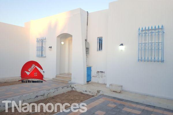 Villa Sans Meubles Pour Location Annuelle A Houmt Souk Djerba Locations Medenine Djerba Houmt Souk Tnanno Mobilier De Salon A Louer Maison Plain Pied