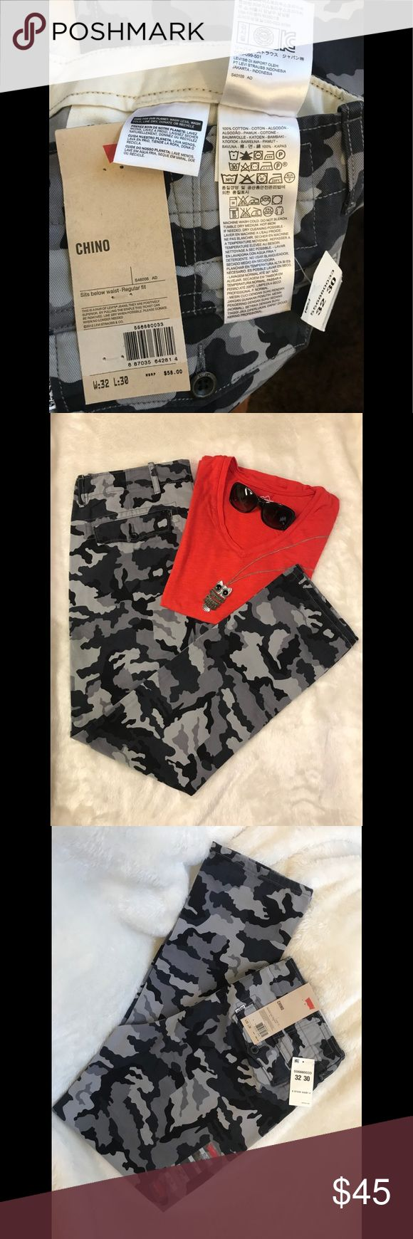 Levi's white tab camouflage chino pants size 32 Dark gray and black color. W:32 L:30. Regular fit. Sits below the waist. 100% cotton. Levi's Pants Straight Leg