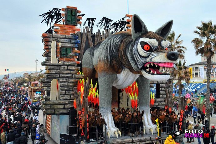 """Carnevale viareggio 2012-prima categoria """"Rabbia""""#carnevale #viareggio - Repinned by #hoteltettuccio Montecatini Terme"""