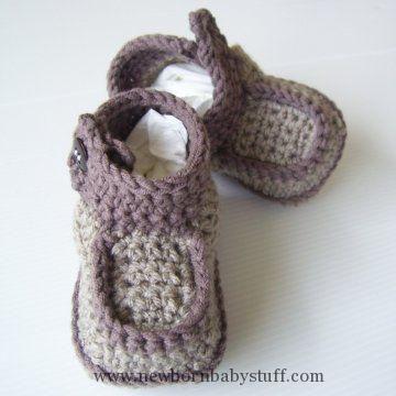 Crochet Baby Booties Side-Button Boots Crochet Pattern PDF - Holland Designs Croc...