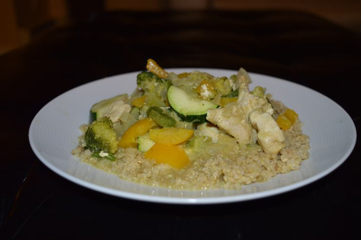 This Green Curry Chicken with Quinoa is a gluten free, dairy free, high protein dish that is easy to make and even easier to enjoy :) Quinoa is a complete protein and complex carbohyd...