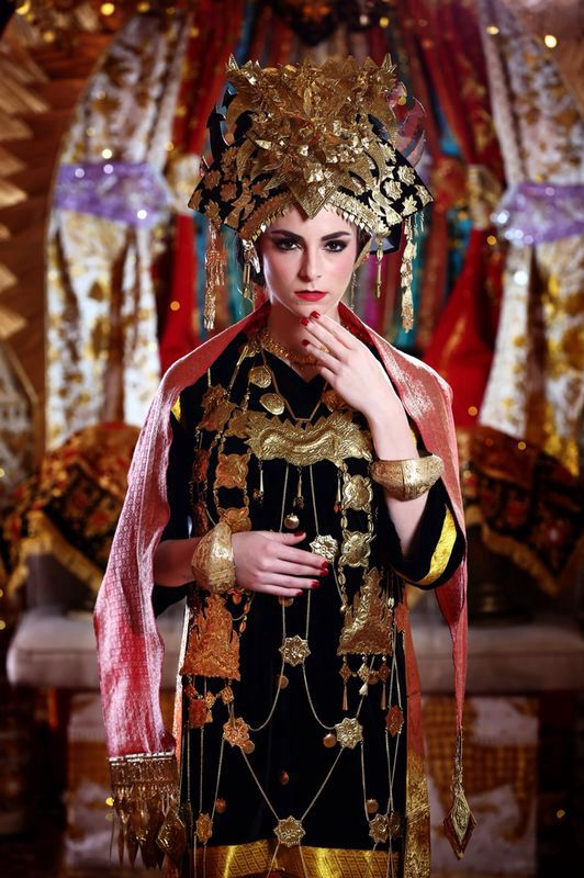 "My make up for Garuda Indonesia inflight magazines ""The Minang Bride"""