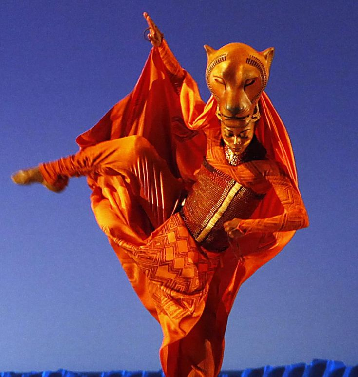 Lion King Musical Lioness - love the movement of the costume