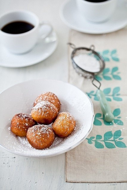 Nutella (or other filling) doughnuts | Food | Pinterest