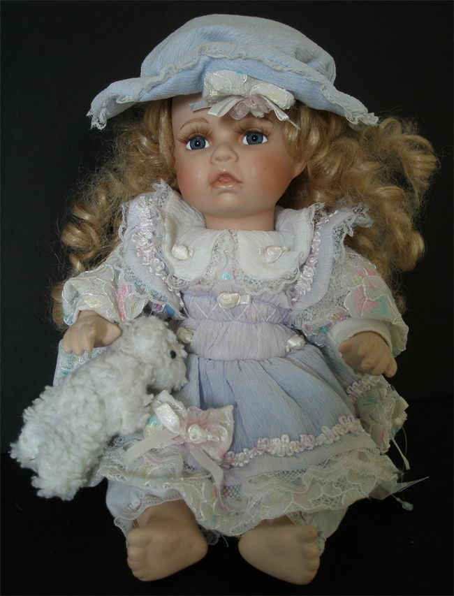 Collectible Porcelain Dolls | Amanda Porcelain Doll 2004, used collectible dolls for sale