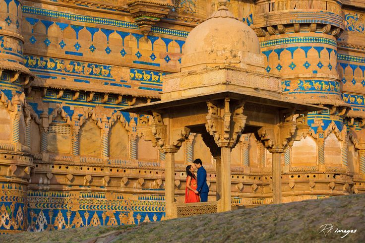 Most Romantic Pre-wedding Shoot by R K Images