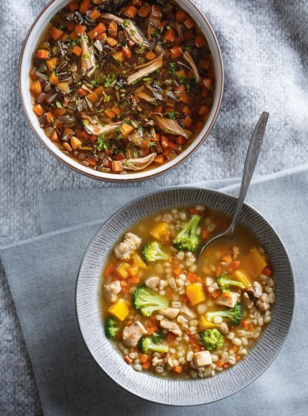 Recette de Ricardo de soupe à l'orge, à la courge et au brocoli