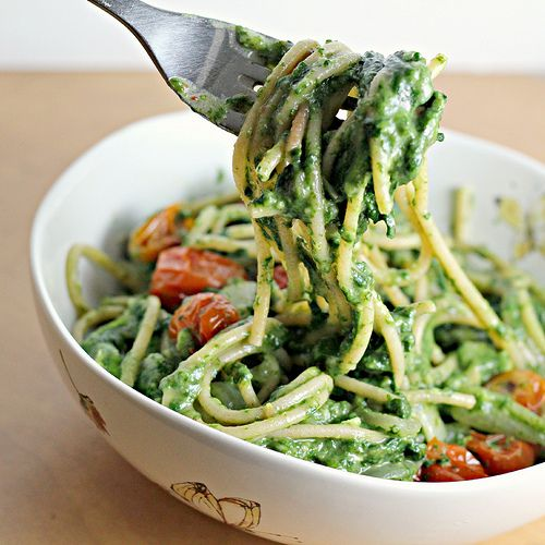 Creamy Spinach Spaghetti with Roasted Tomatoes - make with gluten free pasta