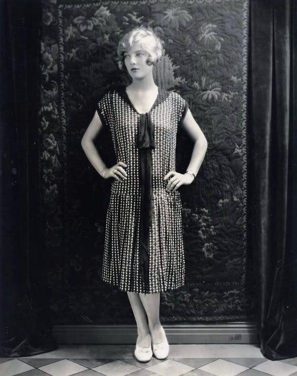 So stylishly gorgeous! #vintage #fashion #1920s #flapper