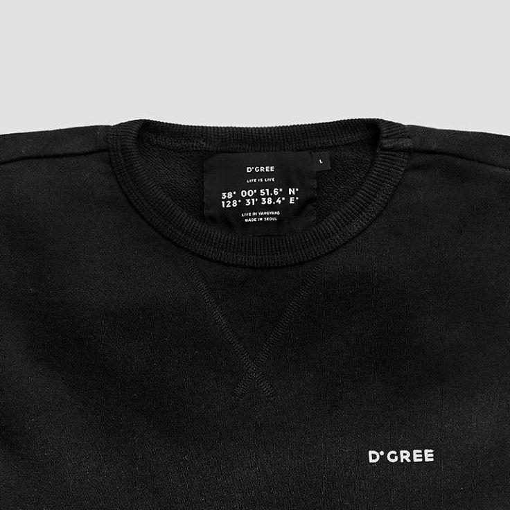 Details. www.facebook.com/nowat.dgree #mood #cozy #sweatshirt #minimal #black #dark #clean #style