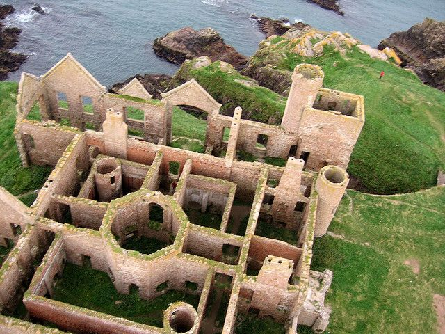 Unlike other castles in Scotland, Slains Castle, Cruden Bay has been left neglected to nature, rather than placed in trust. This is part of its appealing charm and beauty, making this a unique attraction. Slains Castle is a ruined castle near Cruden Bay in Aberdeenshire, Scotland, overlooking the North Sea.
