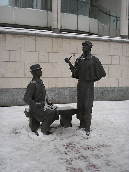A sculpture of Sherlock Holmes and Watson in Moscow! Vasily Levanov played Holmes in a Russian TV adaptation of Sherlock Holmes stories and it is characters from that series that this sculpture depicts.