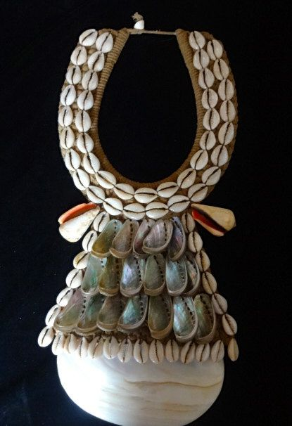 Ethnic Shell Necklace Hand Made Tribal Asmat Papua by ubudexotica