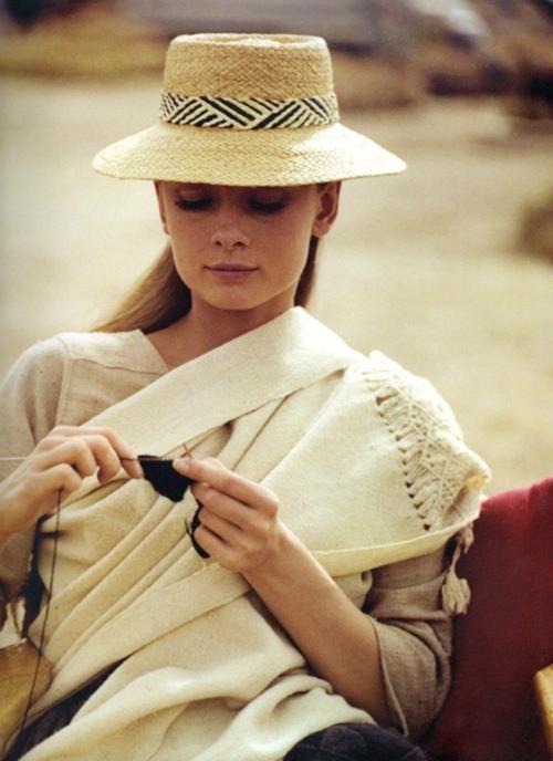 "Audrey Hepburn knitting on the set of ""The Unforgiven"" (1960)"