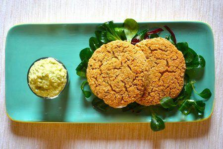 Burger di Ceci e Quinoa Real al forno con maionese di Avocado