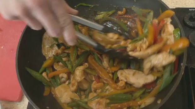 Chef Mike O'Hanlan shares his take on chicken cashew stir-fry.  Click on the link for the recipe http://atlantic.ctvnews.ca/chicken-cashew-stir-fry-1.2827292