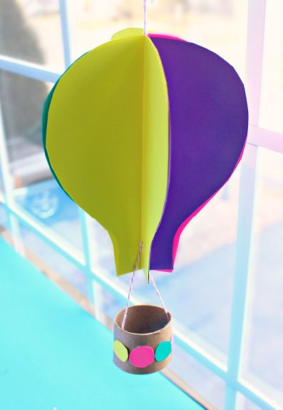 Spinning 3D Hot Air Balloon Craft for Kids to Make   #DIYpaper