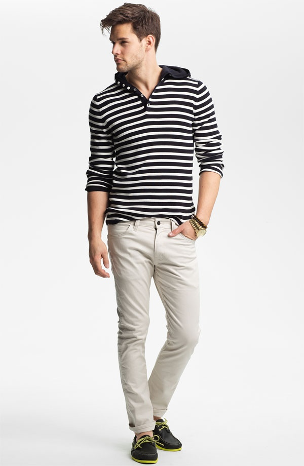 Looks good? YES!! It's as easy as 1. Hoodie, 2. Straight light jeans, 3. Boat shoes. #Vince
