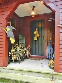Front Door Guests Are Always Best & 22 best Front door decorations. images on Pinterest | Garlands ...