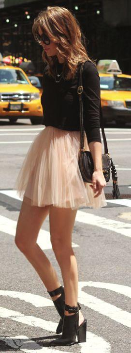 #street #fashion casual / tulle skirt + black long-sleeve blouse @wachabuy
