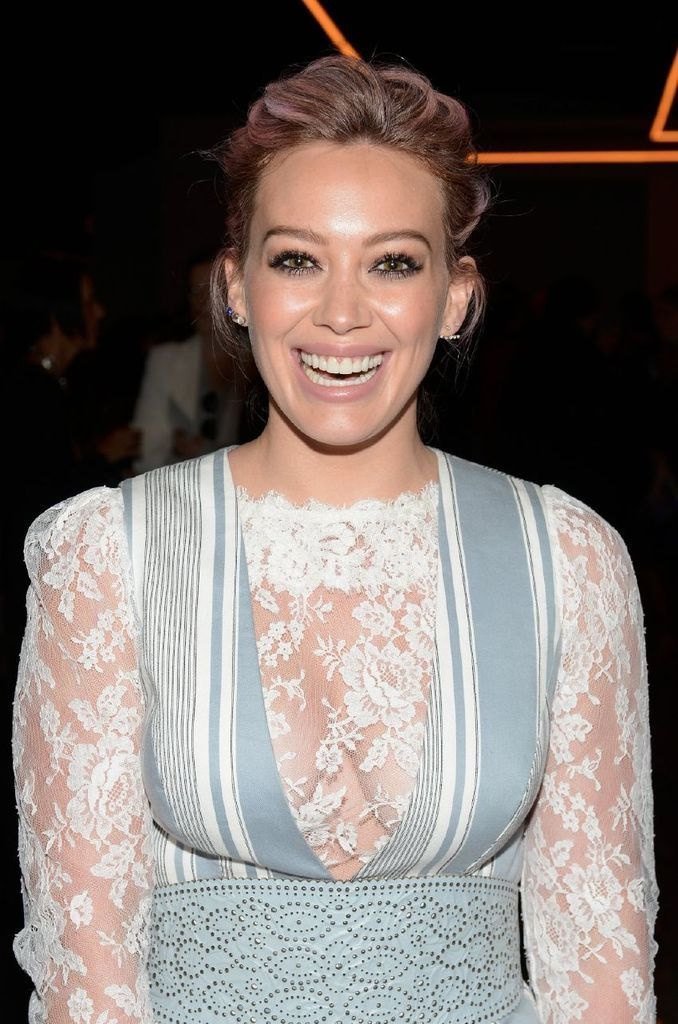 Hilary Duff – Zimmermann Fashion Show in New York : Global Celebrtities (F) FunFunky.com