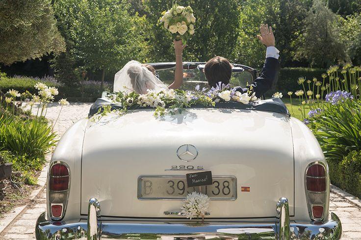 flores decoración coche boda