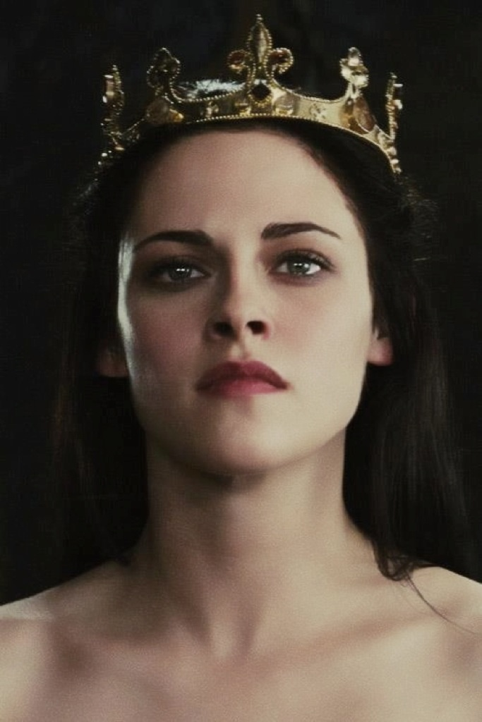 Snow White, I really hope Hollywood figures out their issues and makes the sequel happen