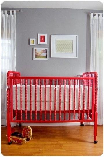 Cute crib...like the red against a soft gray