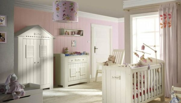 babyzimmer einrichten m bel kinderzimmer m dchen. Black Bedroom Furniture Sets. Home Design Ideas