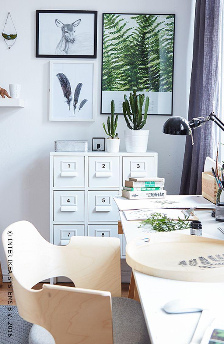 Wie zegt dat je een tuin nodig hebt om te kunnen genieten van de schoonheid van de natuur? Pak het natuurlijk aan en ga voor een rustgevend interieur. Ontdek onze groene en frisse ideeën! #IKEABE #IKEAidee  Who says you need a garden to enjoy the beauty of nature? Be inspired by nature and create a relaxing interior. Discover our green ideas! #IKEABE #IKEAidea