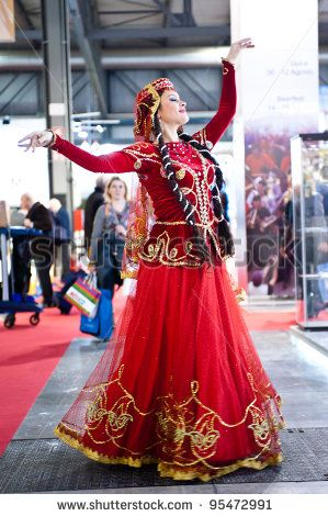 stock photo : MILAN, ITALY - FEBRUARY 17: Azerbaijan dancers at BIT International Tourism Exchange on february 17, 2012 in Milan, Italy.