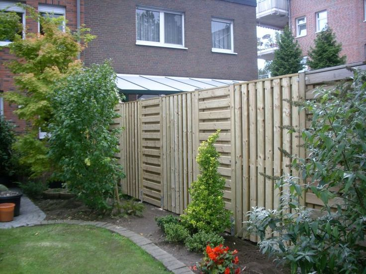 1000 Ideas About Pallet Privacy Fences On Pinterest