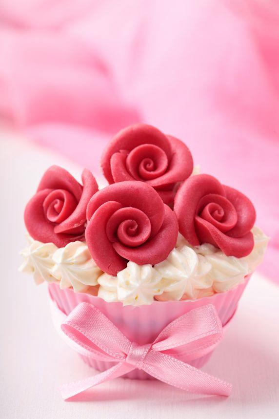 Cupcake of Red Roses!