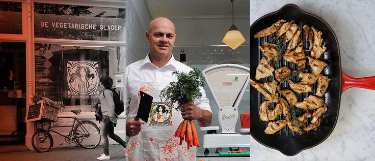 Binnenkort opent de nieuwe fabriek van de Vegetarische Slager. Daar kunnen 50 miljoen vegetarische maaltijden per jaar geproduceerd worden. Waarom is het plantaardige vlees van deze slager zo succesvol? Lees het verhaal en ontvang nu 20% korting. De eerste 500 deelnemers ontvangen een gratis kookboek.