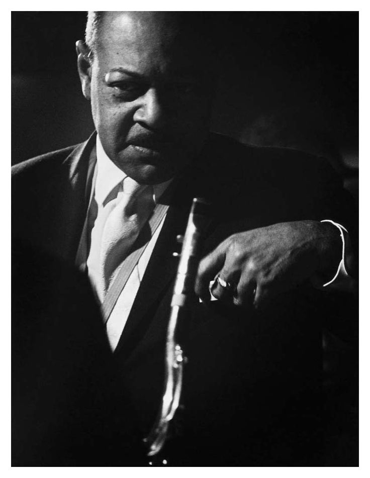 Coleman hawkins prominent american jazz tenor saxophonist of the swing and big band era