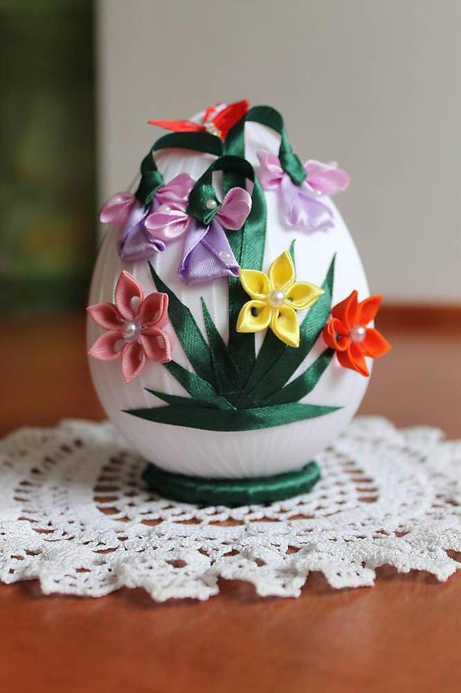 Veľkonočné vajíčko s kvietkami