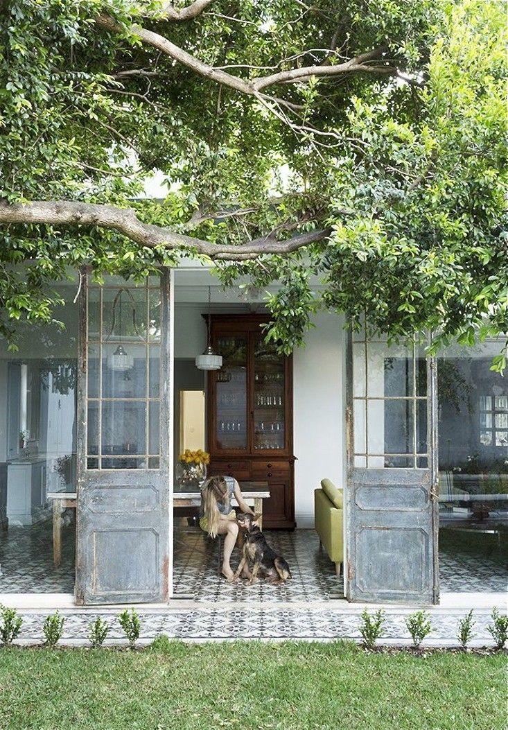 new-zealand-indoor-outdoor-tile-gardenista