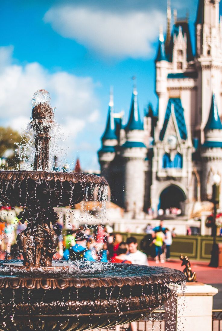 Disney Castle ★ Find more Cute Disney wallpapers for your #iPhone + #Android…
