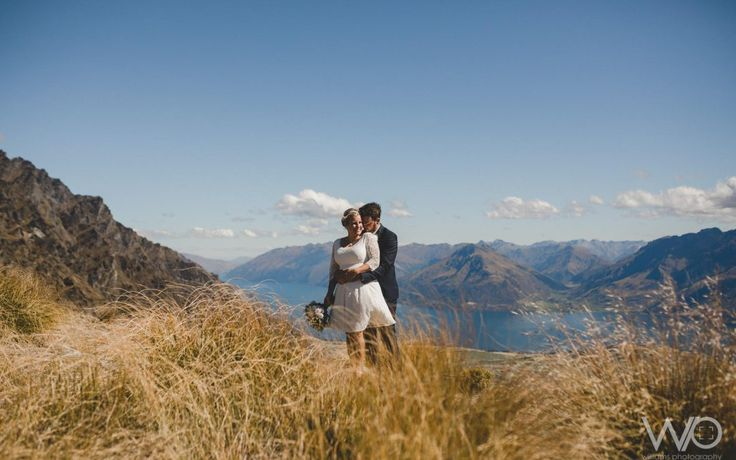 Queenstown Celebrant - Queenstown heli-wedding at The Remarkables with Simply Perfect Weddings