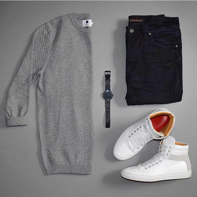 Follow @inisikpe for daily style  #suitgrid to be featured  ____________________ #SuitGrid by @stylesofman ____________________  Tap For Brands #inisikpe Sweater: @nonationality07 Denim: @nudiejeans Shoes: @koiocollective Watch: @bottadesign