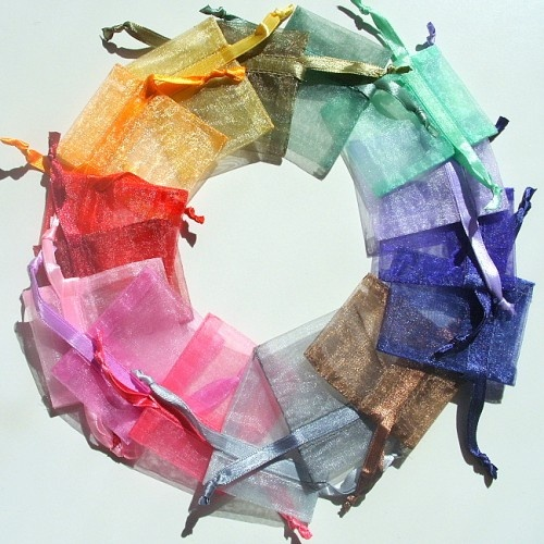 2x2.5 Inch Silk Organza Gift Bags   Great for birdseed at weddings. Want in white or theme color