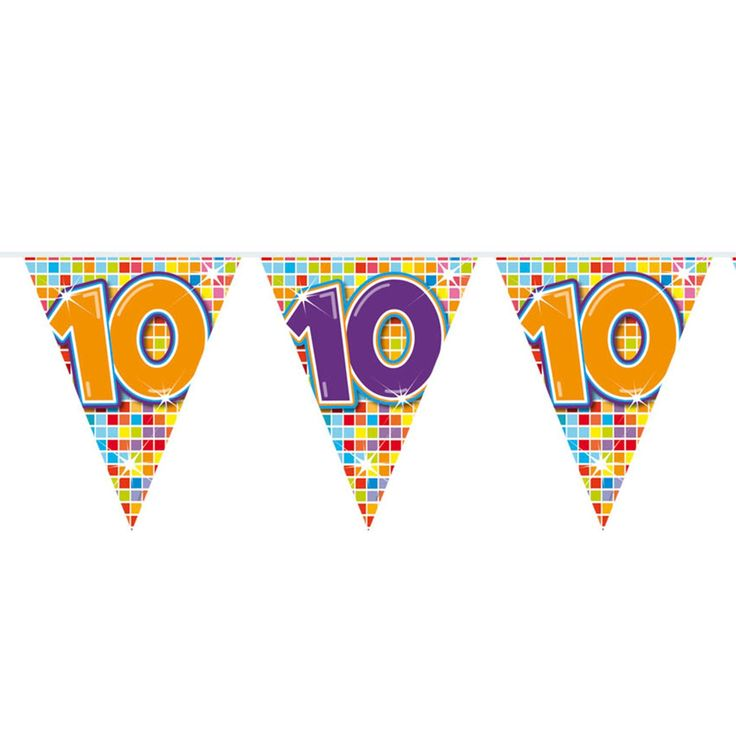 Wordt er iemand 10 jaar? Of vieren jullie een 10-jarig huwelijk of jubileum? Deze kleurrijke slinger staat perfect op ieder soort feestje! De slinger is enkelzijdig bedrukt, heeft 12 vlaggetjes en is 3 meter lang.Afmeting:  lengte 6 meter - Mini Vlaggenlijn Blocks 10 jaar, 6mtr.