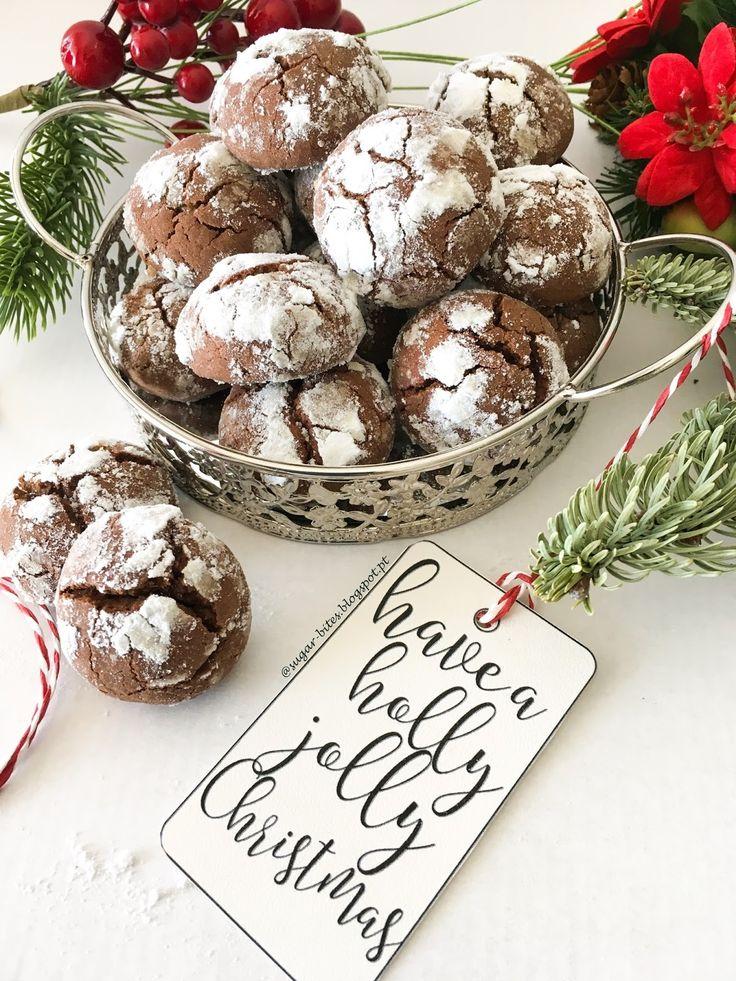 A receita de hoje é daquelas muito boas e muito fáceis de fazer! Umas deliciosas Crinkles de Chocolate e que de tão deliciosas que s...