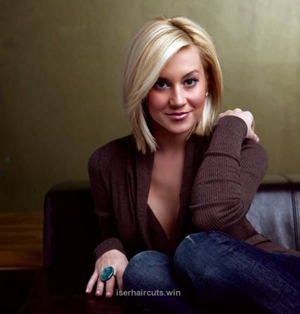 Fantastic sexy shrot blonde bob hairstyle with side swept bangs for square face shapes  The post  sexy shrot blonde bob hairstyle with side swept bangs for square face shapes…  appeared ..
