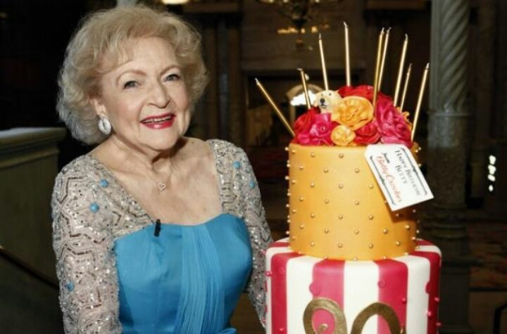 Pin by Kathy Humphries on Movie & TV Time | Betty white ...